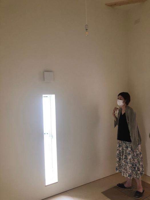 内部の白で包まれたような空間。_e0189939_11354966.jpg