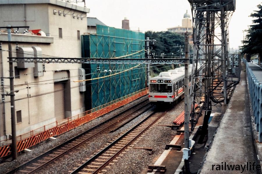 東横線8090系急行_f0113552_22380086.jpg