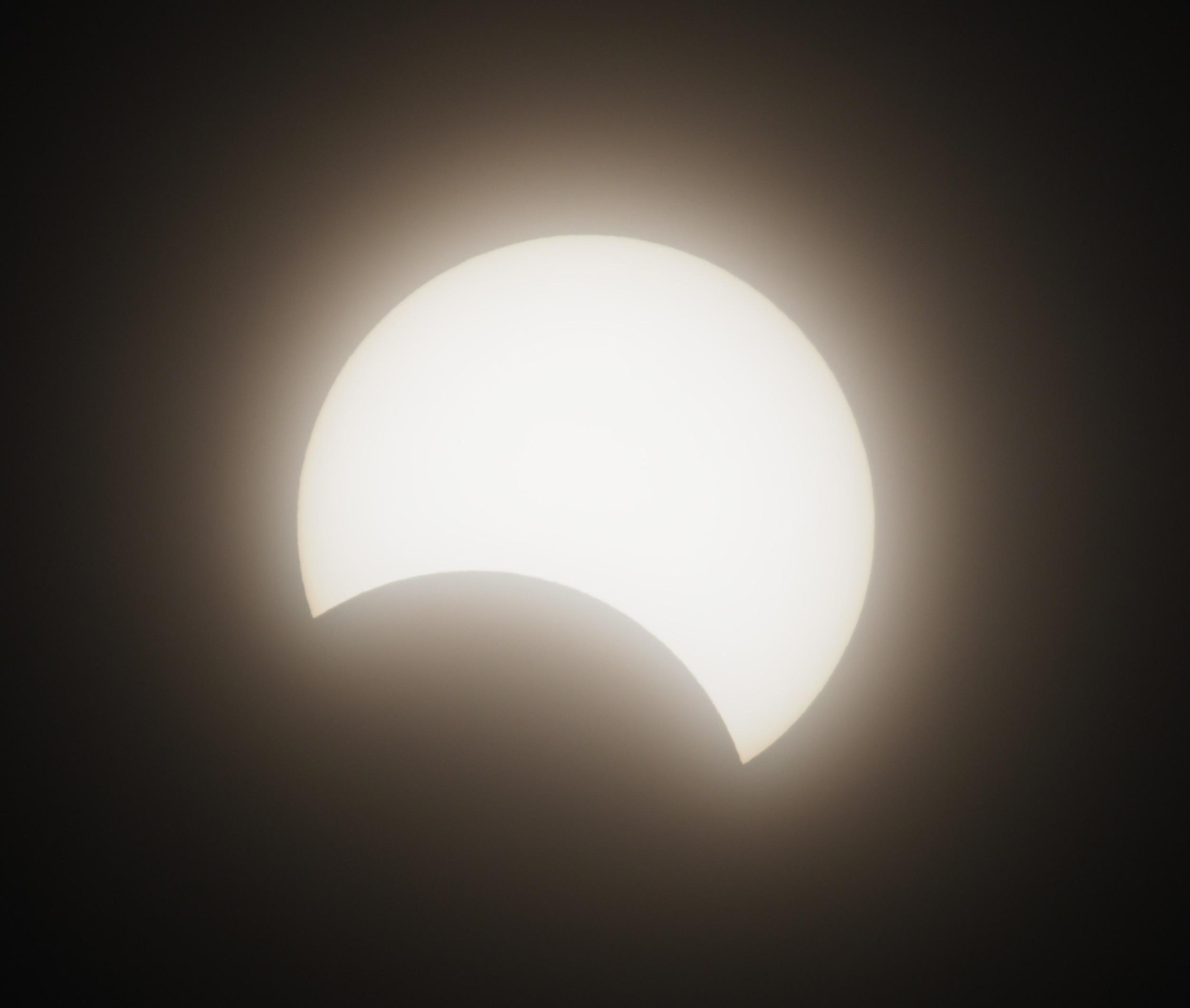 部分日食_e0344621_17300141.jpg
