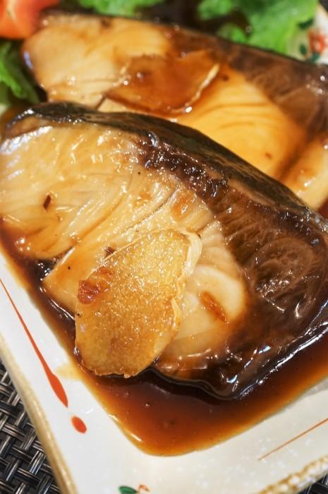 ■和食【簡単5分で ブリの照り焼き・甘辛バター 】濃厚な味わいです♪_b0033423_23502490.jpg