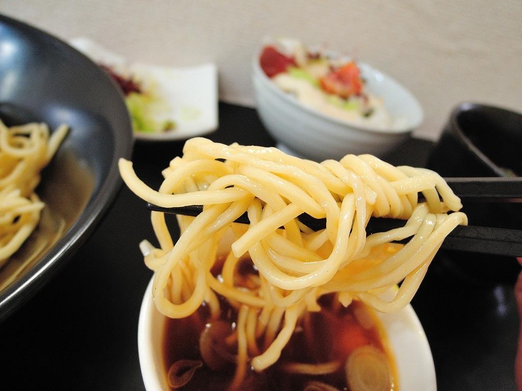 自家製麺 SHIN(新)@反町_c0395834_22441259.jpg