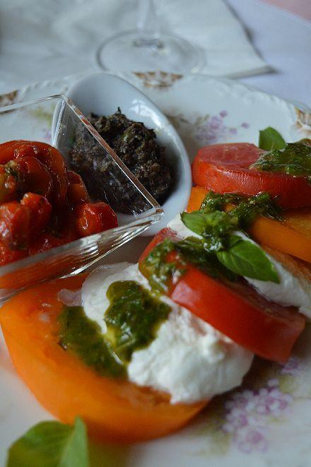 夏の保存食は バジルとトマト_b0346275_08583534.jpg