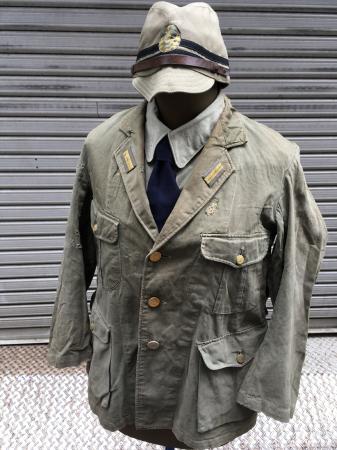 海軍兵曹長陸戦被服上衣・昭和15年改正の褐青色。_a0154482_13453461.jpg
