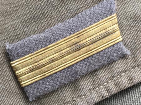 海軍兵曹長陸戦被服上衣・昭和15年改正の褐青色。_a0154482_13453988.jpg