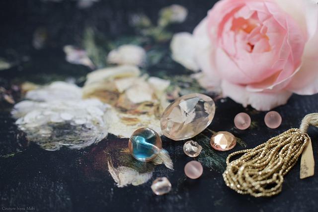 Perles en roses…_e0043686_12180126.jpg