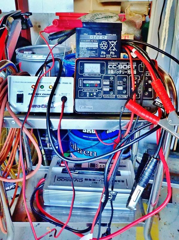 SR400 2年半の放置で流石にバッテリーが・・・_c0336902_20193355.jpg