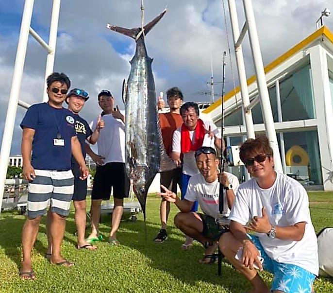 沖縄でスピニングマーリン_f0009039_09363528.jpg