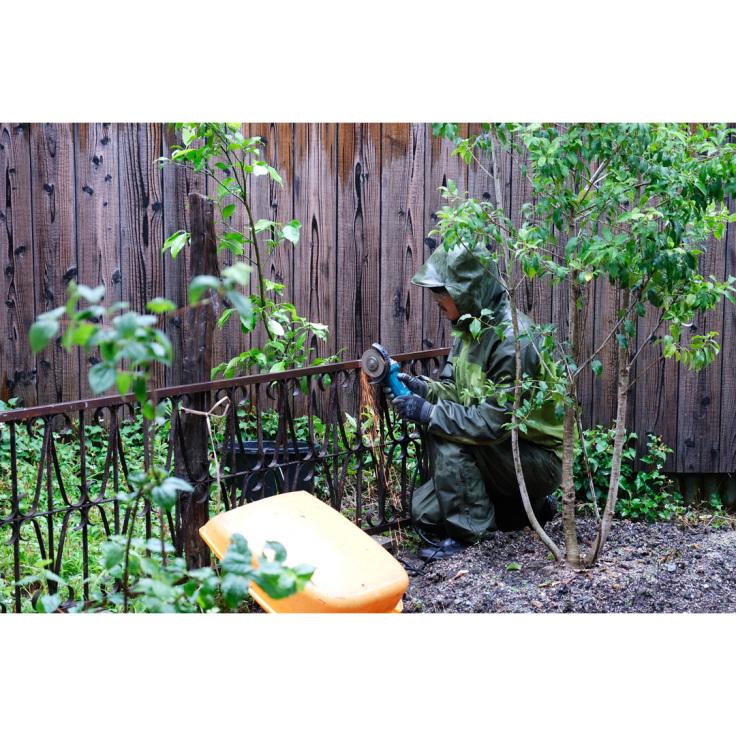 わが家の庭づくり。1日目2日目のようす。_d0227246_11174582.jpg