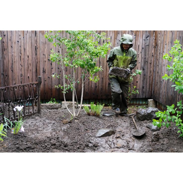 わが家の庭づくり。1日目2日目のようす。_d0227246_11174713.jpg