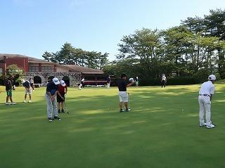 第38回 梶岡建設ジュニアゴルフ月例競技会_f0151251_15555420.jpg
