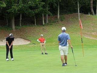 第38回 梶岡建設ジュニアゴルフ月例競技会_f0151251_15560622.jpg