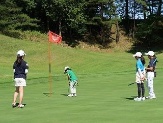 第38回 梶岡建設ジュニアゴルフ月例競技会_f0151251_15560628.jpg