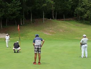 第38回 梶岡建設ジュニアゴルフ月例競技会_f0151251_15560715.jpg