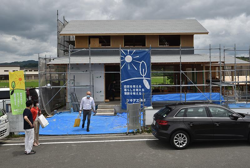 安全で快適な家づくりを学ぶ 「木津川市 構造・住まい手見学会」_e0164563_10542886.jpg