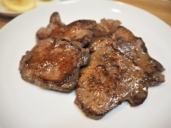 豚ウデ肉でとん汁_a0258686_06531917.jpg