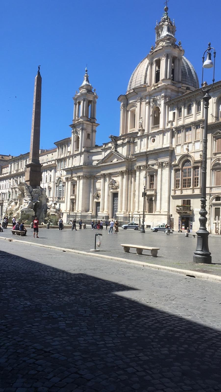 イタリアはまだまだ感染がおさまっていない様子_a0129711_14074737.jpg