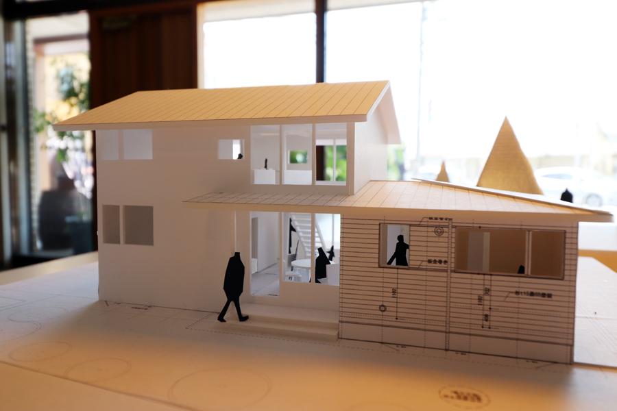地盤調査/模型/土手下の住宅_c0225122_10463109.jpg