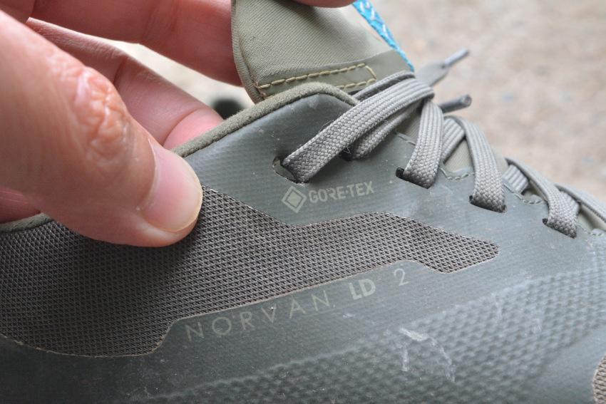 ハイキングでお勧めの靴・ブーツは?_d0112928_07545539.jpg