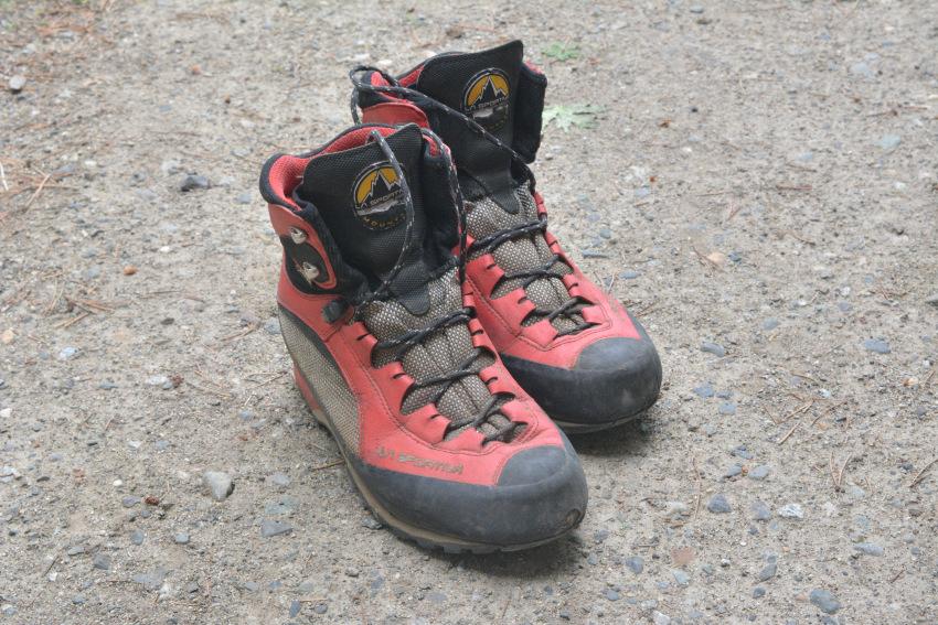 ハイキングでお勧めの靴・ブーツは?_d0112928_08042661.jpg