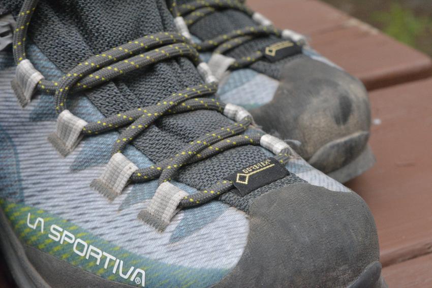 ハイキングでお勧めの靴・ブーツは?_d0112928_08131828.jpg