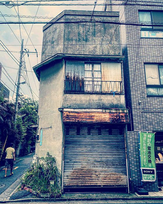 世田谷区経堂 / iPhone 11_c0334533_16581374.jpg