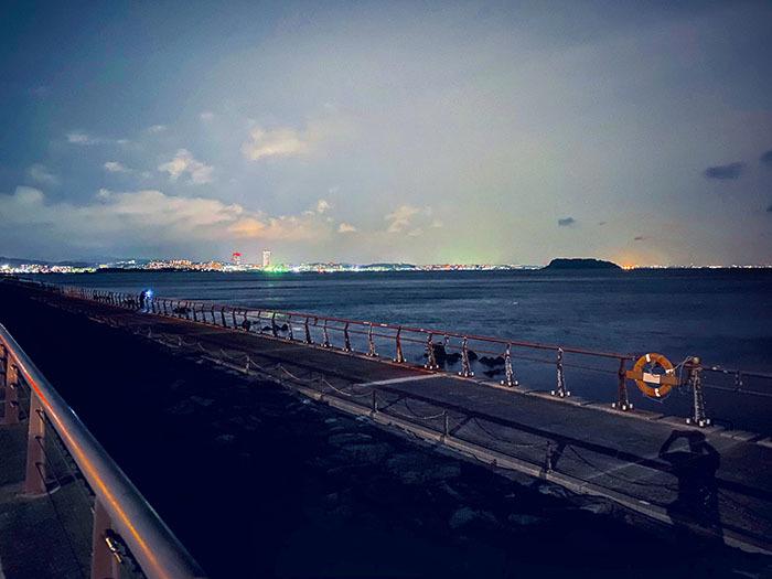 横須賀市馬堀海岸 / iPhone 11_c0334533_17265791.jpg
