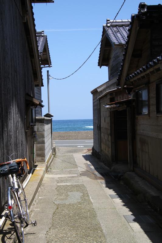 またまた海が見たくなったので。。。。。_d0383596_23423814.jpg