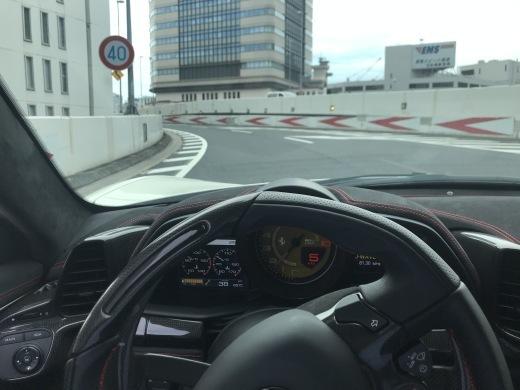 モダンフェラーリに思うこと_a0129711_00152424.jpg