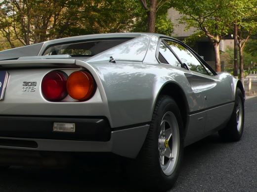 モダンフェラーリに思うこと_a0129711_00204592.jpg