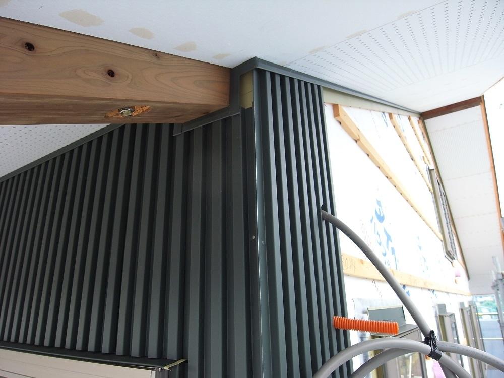抽ヶ台の家 外壁工事 2020/6/24_a0039934_13543784.jpg