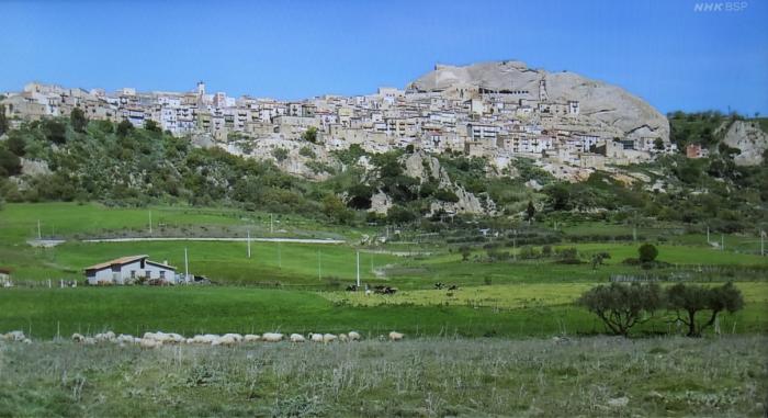 シチリア空と石の祝祭の始まり_f0103459_10135912.jpg