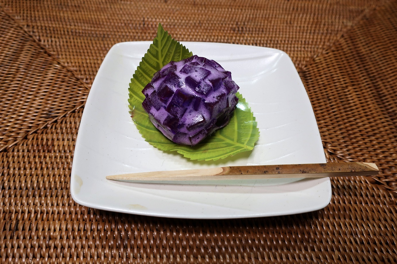 紫色のアジサイ_a0107574_08162487.jpg