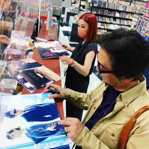 タワーレコード新宿店へ_e0123401_21412003.jpg