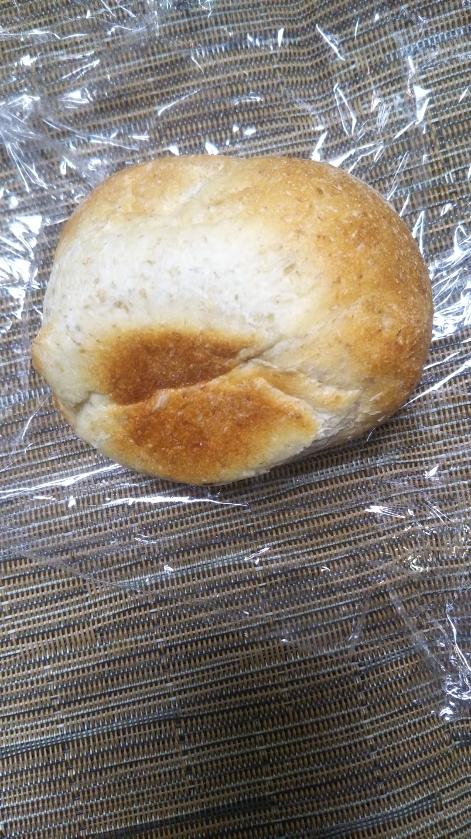ヤミースイーツでおまけでいただいたパン_f0076001_22483959.jpg