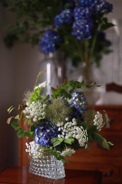 紫陽花とスモークツリーのブーケ_b0208604_07042810.jpg