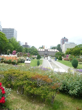 初夏の大通公園散策_b0198109_20084368.jpg