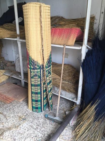 ナブールに行ってきたお話〜その2:い草織り編_a0141134_21001044.jpeg