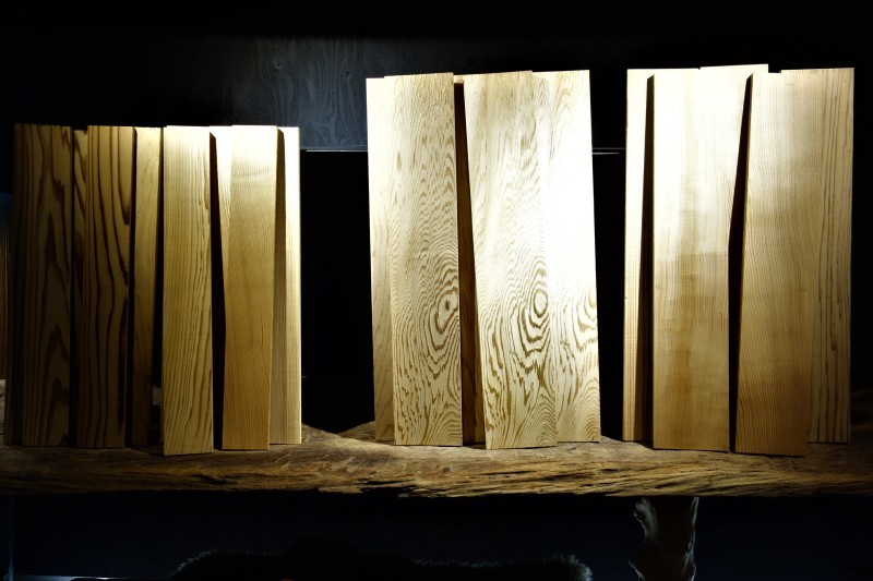 天杉 短尺杢板_e0156341_07091236.jpg