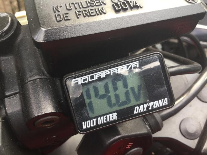 GPZ900R Ninjaぁの整備記録でござるよニンニン_d0067943_14281225.jpg