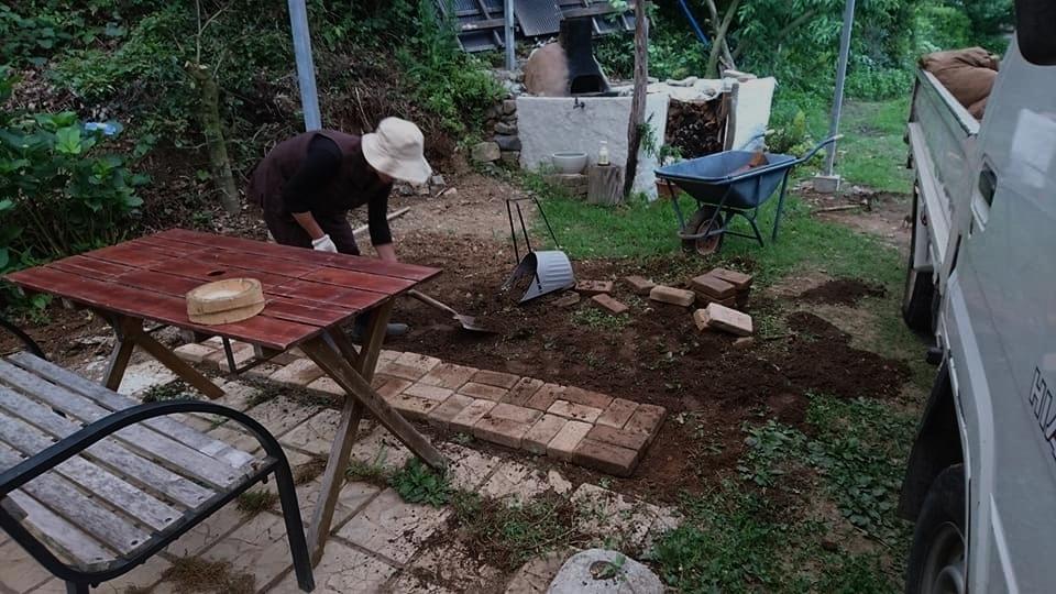 茶畑と茶工場とカフェ整備そして菓子工房_b0028299_21534384.jpg
