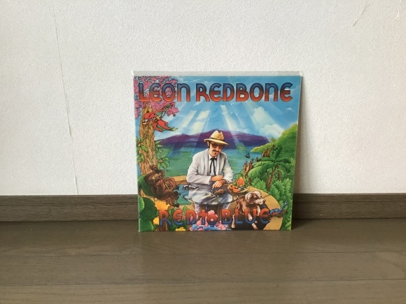red to blue / Leon Redborn_e0230141_08413118.jpeg