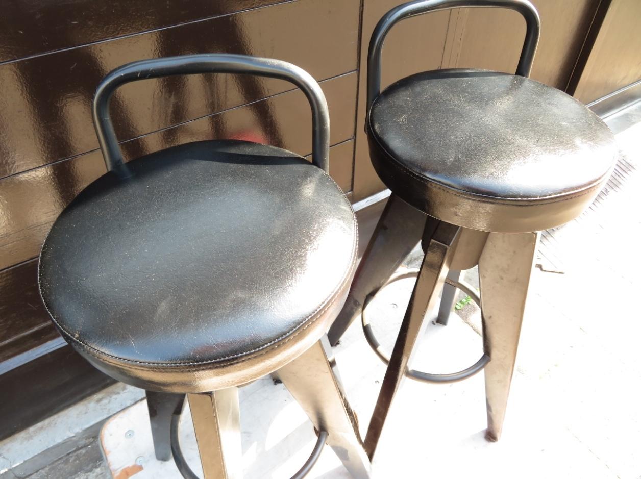 椅子の張替 モリス正規販売店のブライト_c0157866_21581966.jpg
