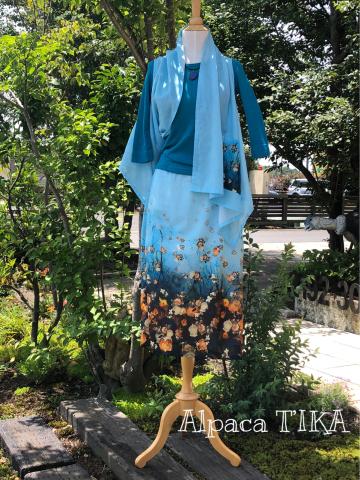 コットンシルク ベスト&スカート すっきりブルーお花柄_d0187468_15415876.jpg