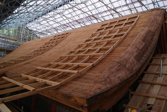 本殿銅板屋根撤去 宝蔵桟瓦撤去 R2.6.25_f0191383_09231459.jpg