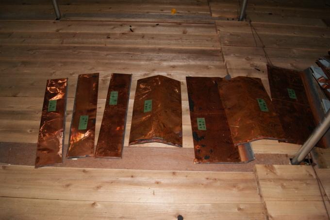 本殿銅板屋根撤去 宝蔵桟瓦撤去 R2.6.25_f0191383_09233663.jpg