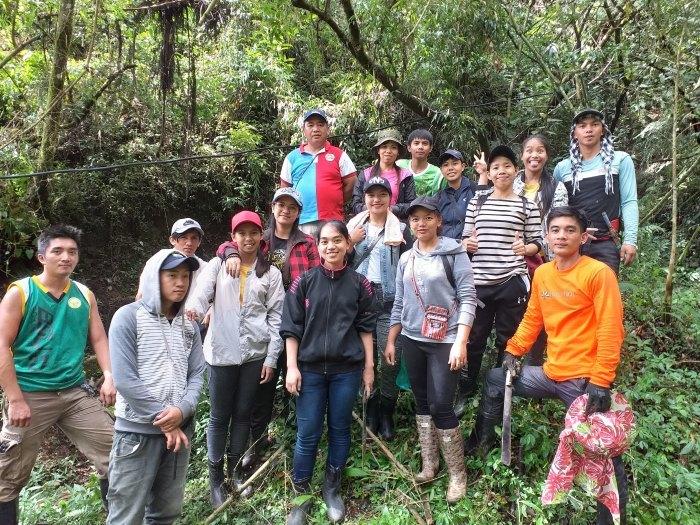 キブンガン郡でのアグロフォレストリーによる植林と生態系調査プロジェクト終了しました!_b0128901_16091073.jpg