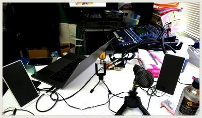 遅れてラジオ「くるナイ」収録中…なかなか捗らずに苦戦~(汗)_b0183113_23503074.jpg