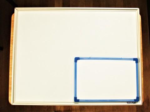 拡大するホワイトボード。_f0220714_09314672.jpg