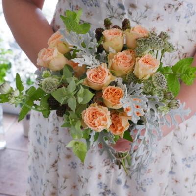 オークリーフ花の教室(大野さんと藤澤さんの作品)_f0049672_19202355.jpg