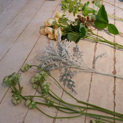 オークリーフ花の教室(大野さんと藤澤さんの作品)_f0049672_19202767.jpg